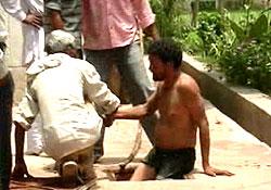 CBI-employed manhole workers in Noida