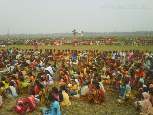 Assembly in Lalgarh - Armed Maoists? Photo, courtesy sanhati.com