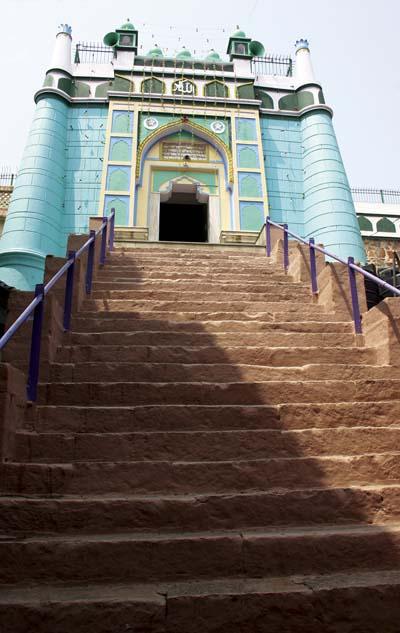 Kalan Masjid all dressed up