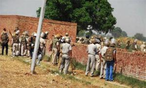 Noida farmers clash with police over land acquisition