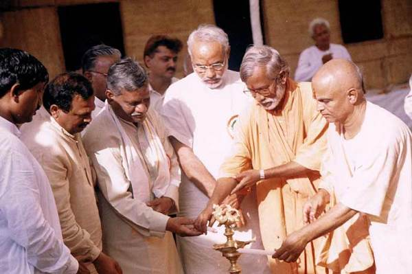 Swami Aseemanand (second from right): Terrorist?