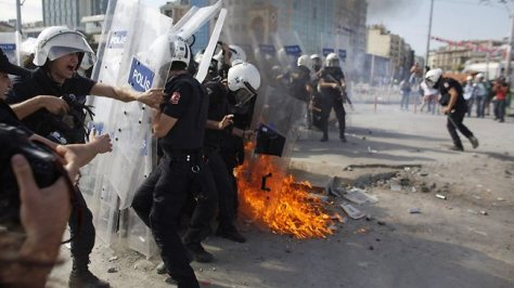 995434-130611-turkey-protests