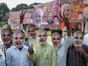 Narendra Modi - the mast, courtesy Oneindia News