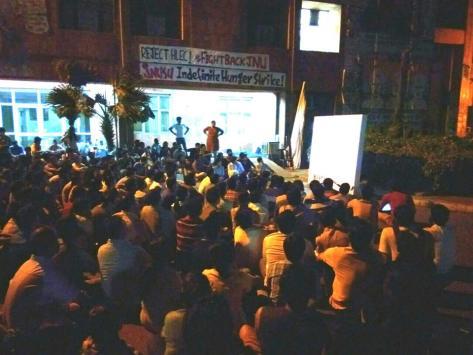 Screening of 'Muzaffar Nagar Baqi Hai' during the hunger strike, continues, despite sonic assault from ABVP
