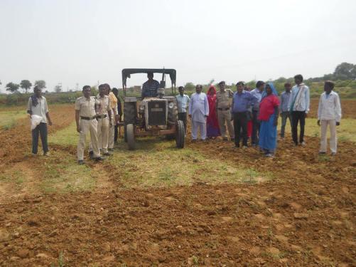 Ekta parishad leaders & administration demarcating formerly land for giving possession to the Sahariya tribal people