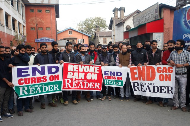 Journalists Protesting Against the Ban on Kashmir Reader, Srinagar, October 25, 2016