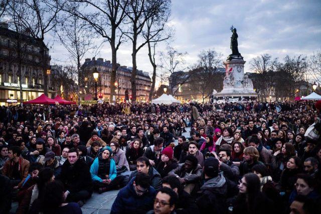 Nuit Debout, image courtesy gaucherevolutionnaire.fr